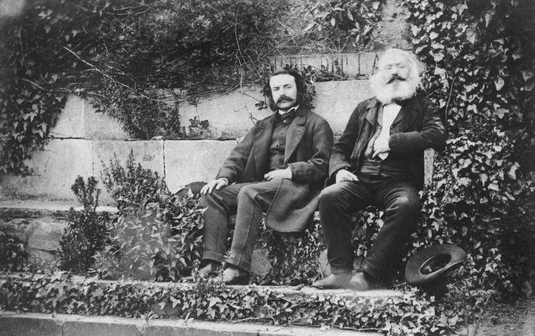 Hugo, père et fils. Photographie de T.B. Hutton